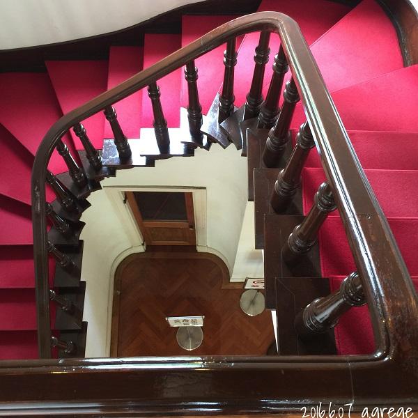 階段1600